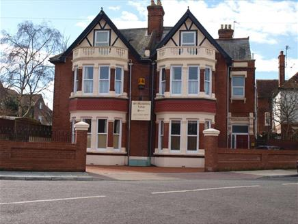 St Margaret's Lodge Guest House in Portsmouth