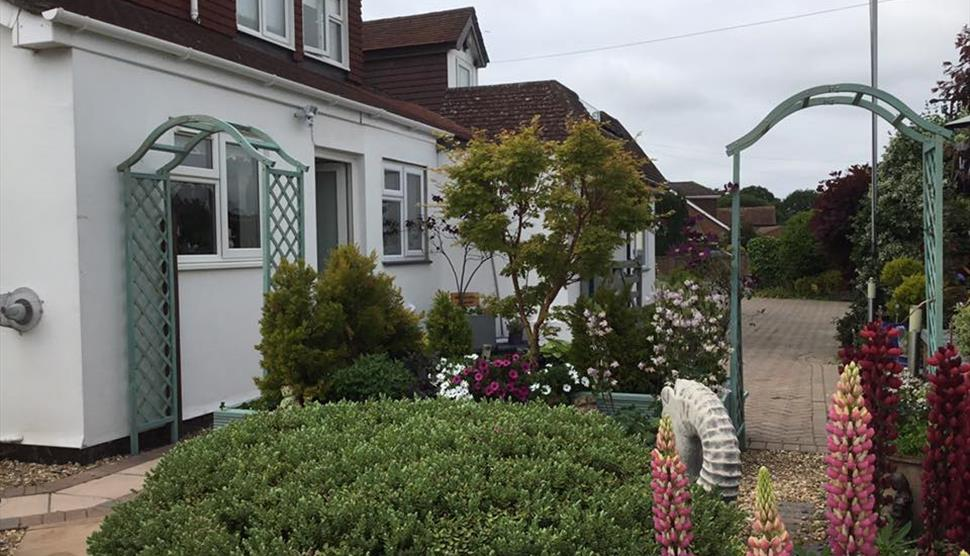 White House Bed and Breakfast in Hayling Island