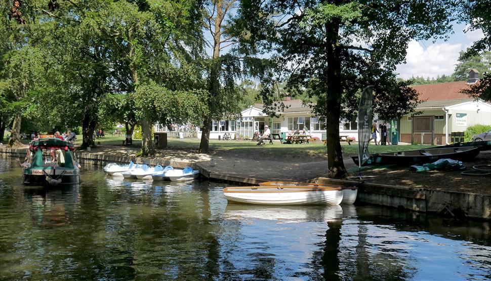 Basingstoke Canal Centre