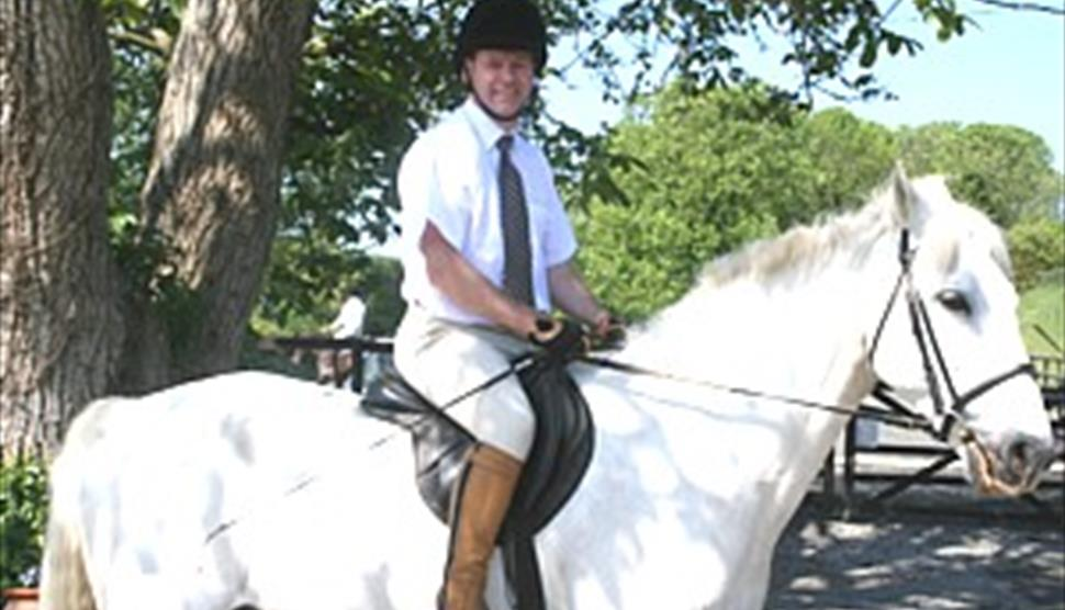 Brocks Farm Livery and Equitation