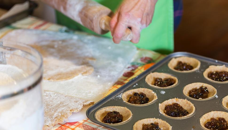 Christmas Baking Demonstrations at Winchester City Mill