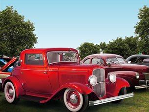 Hot Rod & Custom Drive-In Day at Beaulieu