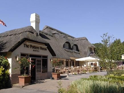 Potters Heron Hotel