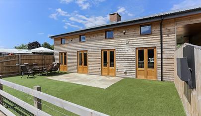 Oak Barn, New Forest Cottages