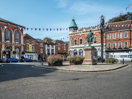 Romsey Town Centre, location for the Antiques Collectible and Decorative Arts Fair