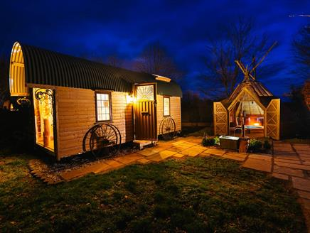 Wagon and the Wigwam - Little Place in the Country