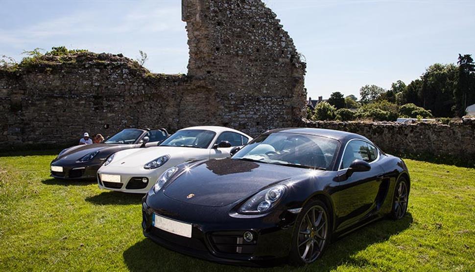 Simply Porsche at Beaulieu