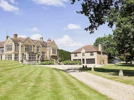 The Lodge Standford Grange