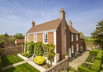 Boreham House B&B near Battle, East Sussex