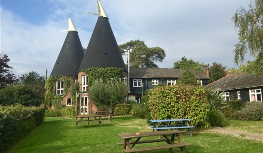 Playden Oast, an inn offering B&B accommodation and restaurant food, near Rye, East Sussex.