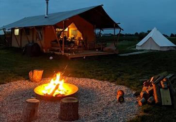 Wheatfields campfire Glamping in Appledore, Kent