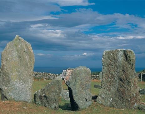 Cashtal Yn Ard, a neolithic tomb