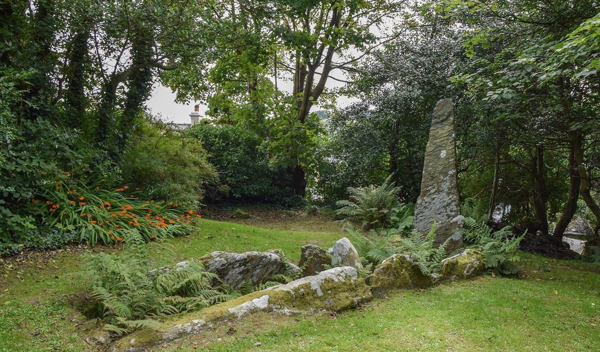 King Orry's Grave © Peter Killey