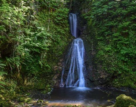 Spooyt Vane Waterfall © Peter Killey