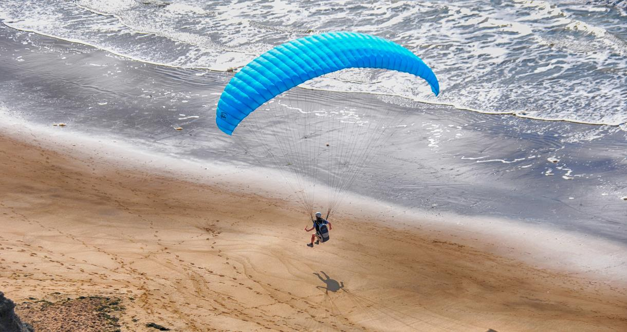 Paragliding on the Isle of Wight