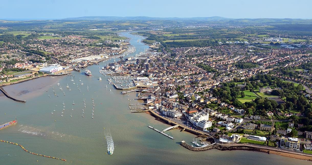Cowes & East Cowes from the air
