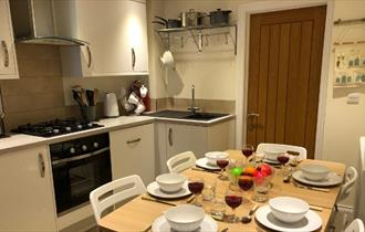 Isle of Wight, Accommodation, Self Catering, COWES, Kitchen
