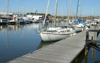 Isle of Wight, Accommodation, Newport Quay, Self catering