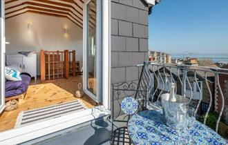 Balcony with seaviews at Blue Winds Apartment, self-catering, Cowes, Isle of Wight