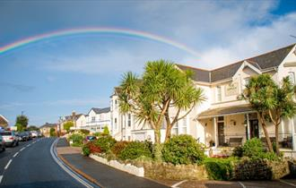 Isle of Wight, Accommodation Appley Lodge, Image showing outside of Hotel with beautiful rainbow over head