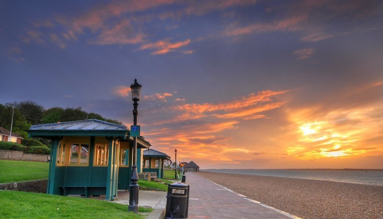 Sunset over Cowes beach, Isle of Wight, Things to Do