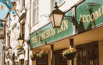 Isle of Wight, Outside frontage of The Anchor Public House, Cowes