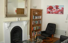 Isle of Wight, Accommodation, Self Catering, Ventnor High Street, High Street Suites 3, Victorian Place in Living room