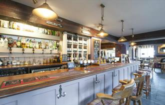 Isle of Wight, Public House, Eating Out, Accommodation, The Fishbourne, Bar Area