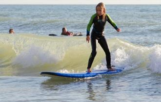 Isle of Wight, Things to Do, Surfing, iSURF, Compton Bay