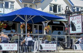 Isle of Wight - Shanklin - The Steamer Inn - Public House - Front Terrace