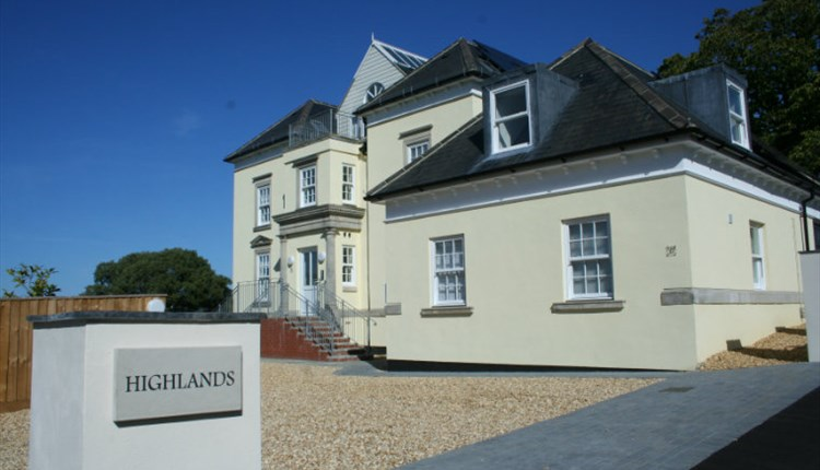 Isle of Wight, Accommodation, Self Catering Apartments, Highlands, SHANKLIN,