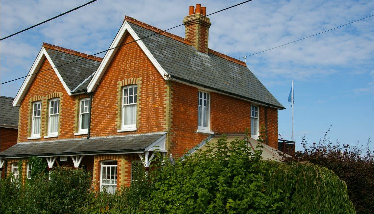 Ruskin Lodge - exterior