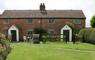 One and Two Doreshill Cottages