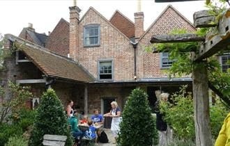 Isle of Wight, Accommodation, B&B, Central, Newport