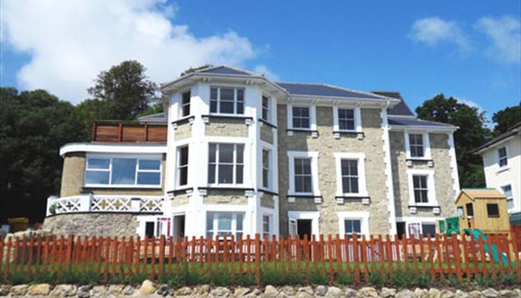 Shanklin Villa Apartments