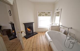 Isle of Wight, Accommodation, Self Catering, Signal Point, Bathrooom