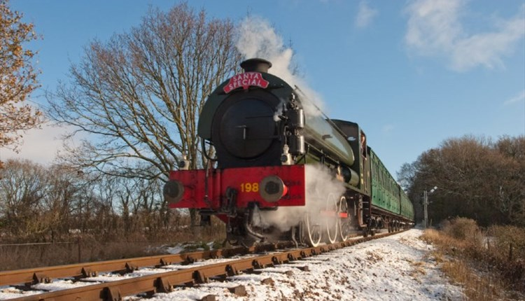 Steam train in countryside, Isle of Wight Steam Railway, Things to Do, What's On