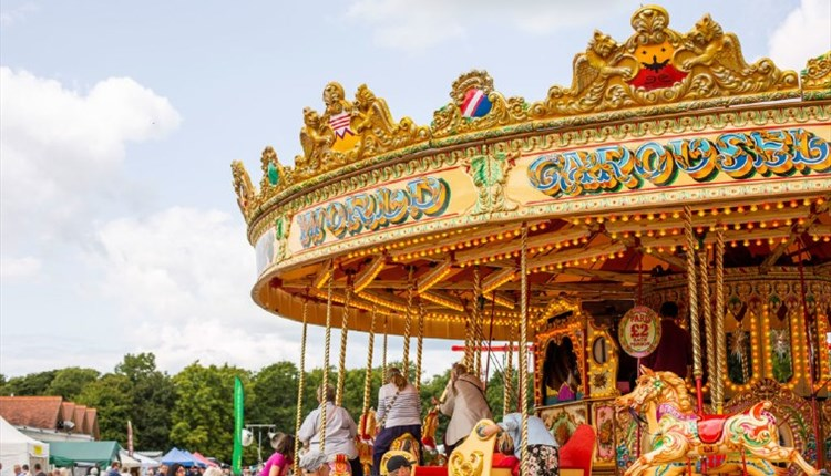 Isle of Wight, Things to Do, Isle of Wight Steam Railway, image of carousel wheel
