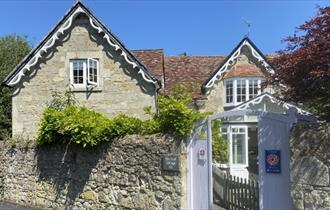 Outside front view of Haviland Cottage, Ventnor, Self Catering