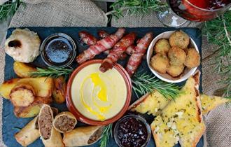 Isle of Wight, Things to Do, Garlic Farm, Christmas Mezze,
