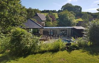 Isle of Wight, Accommodation, Self Catering, Swimming Pool, WROXALL