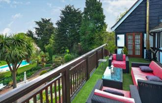 Outdoor dining at Westridge House in Ryde - Self-catering, Isle of Wight