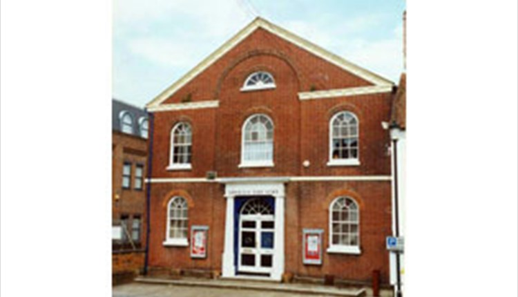 Outside view of Apollo Theatre, Newport, Things to Do