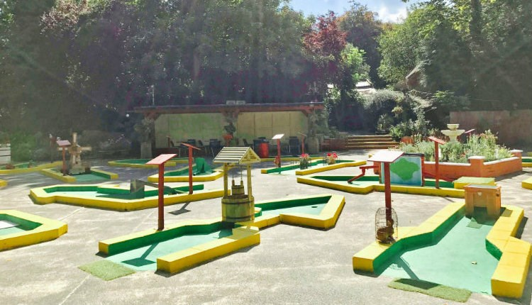 Isle of Wight, Rylstone Tea Gardens and Crazy Golf, Things to Do, Gardens