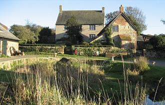 Dairy Cottage - Froglands Farm