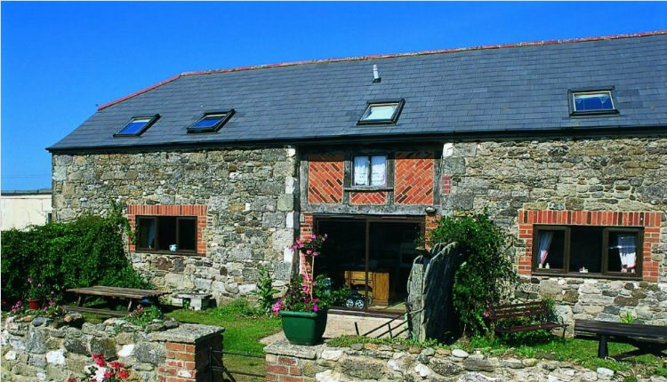 Places to Stay Isle of Wight - Grange Farm Brighstone Bay