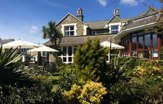 A quiet Bed & Breakfast retreat close to the sea.