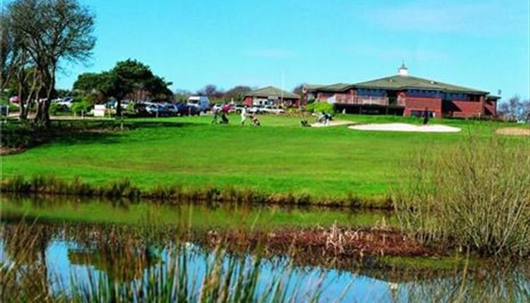 Things to Do Isle of Wight - Shanklin & Sandown Golf Club
