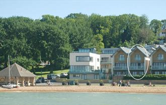 View of Reflections from the sea in Cowes, Isle of Wight, Self-catering