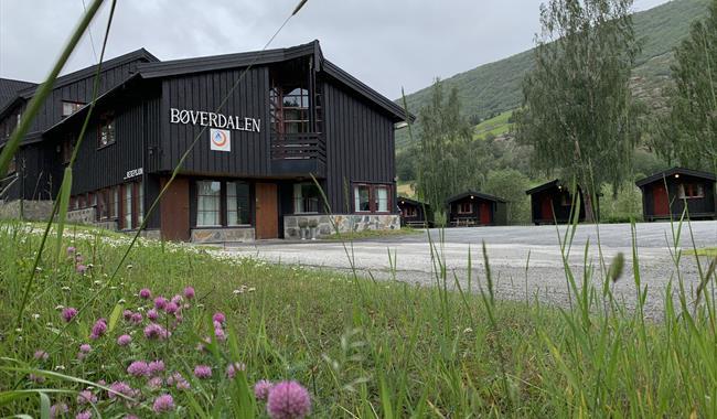 Sommarbilete Bøverdalen vandrerhjem i Lom/Jotunheimen.